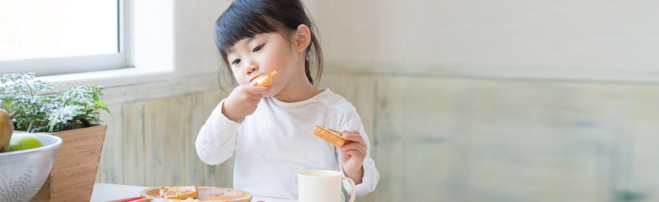 Chế độ dinh dưỡng cho bé 6 tháng tuổi