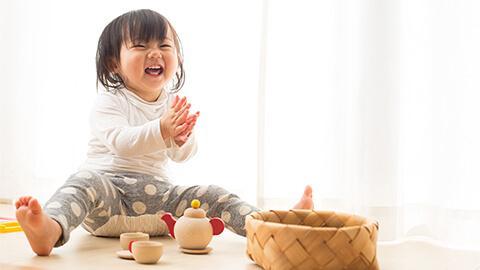 Phương pháp tác động giúp phát triển trí não cho trẻ 6 tháng tuổi