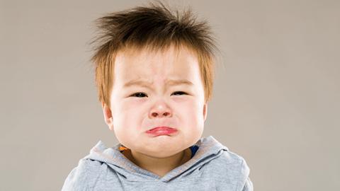 Phát triển cảm xúc của bé 1-2 tuổi