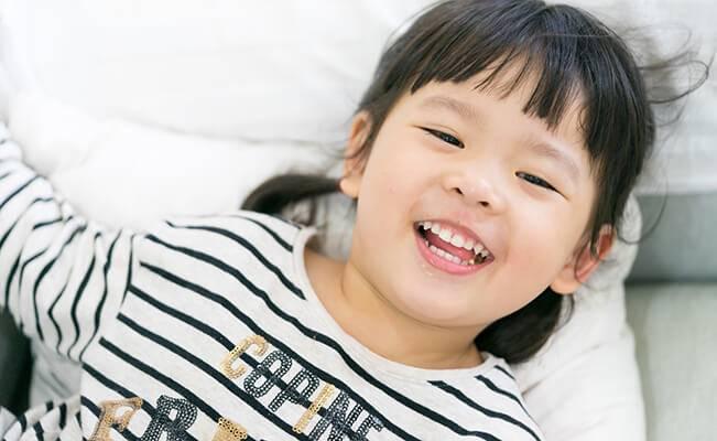 Những câu hỏi thường gặp về sự phát triển của trẻ 22-24 tháng tuổi