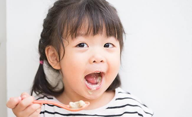 Những câu hỏi thường gặp về dinh dưỡng của trẻ 12 tháng tuổi