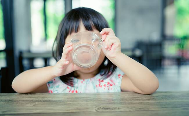 Những câu hỏi thường gặp về dinh dưỡng của trẻ 19-21 tháng tuổi