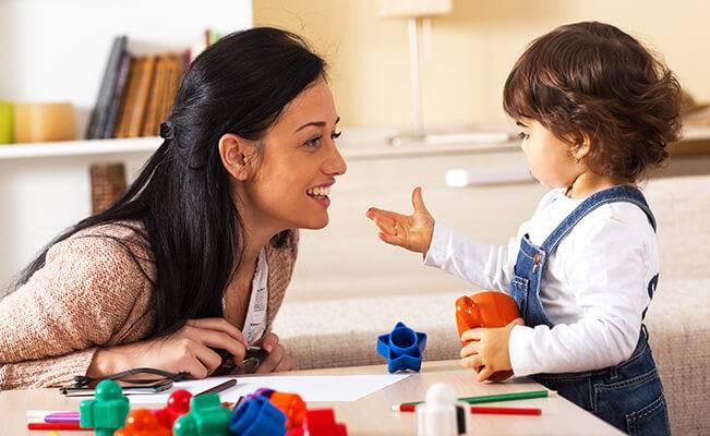 Phương pháp tác động giúp phát triển trí não cho trẻ 19-21 tháng tuổi