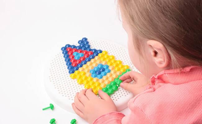 Phương pháp tác động giúp phát triển trí não cho trẻ 22-24 tháng tuổi