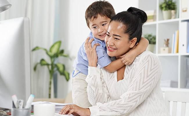 Mẹo Hay Mỗi Ngày: Giúp Trẻ Xoa Dịu Mọi Khó Chịu Do Đầy Hơi